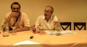 Englaro accanto ad Adriano Rainis, consigliere comunale PD, organizzatore assieme a Nuova Tolmezzo e Officine Tolmezzine del confronto pubblico